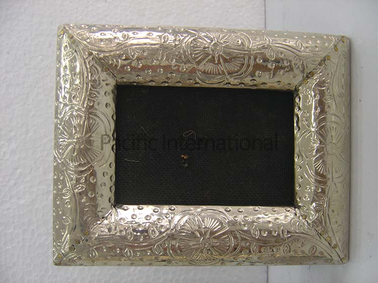 Mirrors & Photo Frames